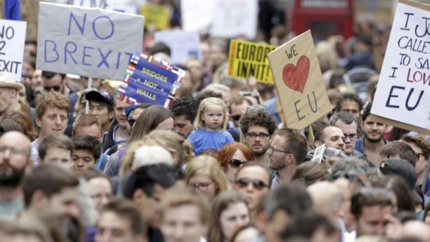 People protest towards no brexit