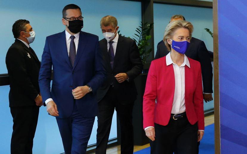 EU President von der leyen in brexit talks during corona virus