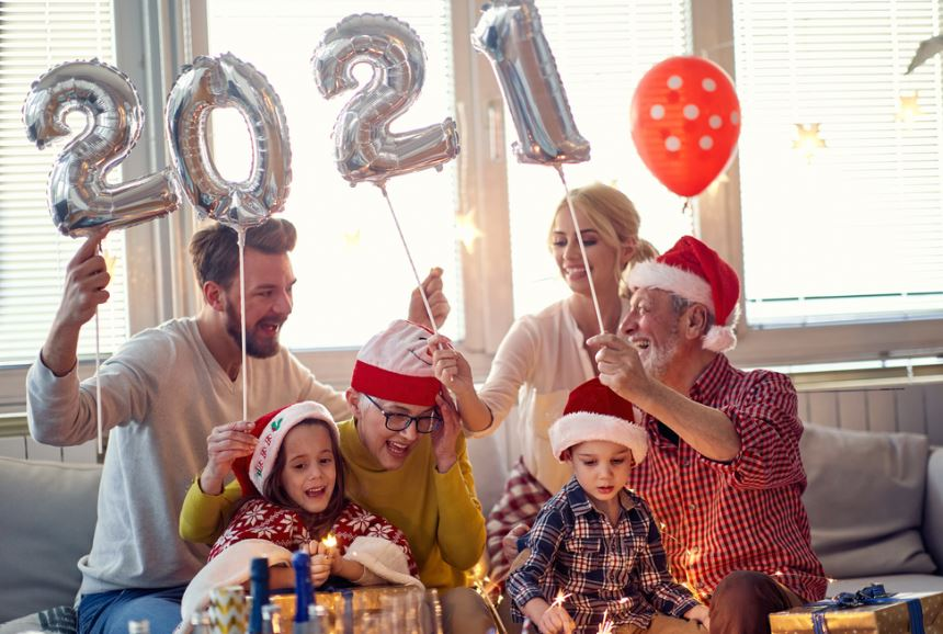 family new year celebration 2021