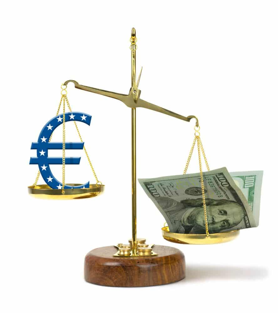 US Dollar is stronger than Euro currency