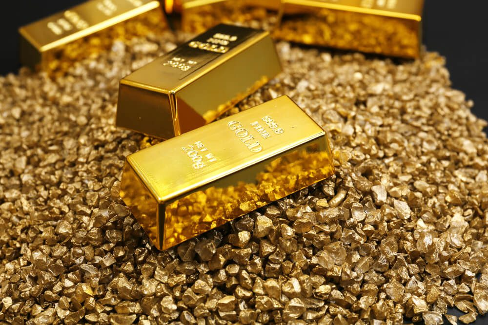 Gold prices remained higher