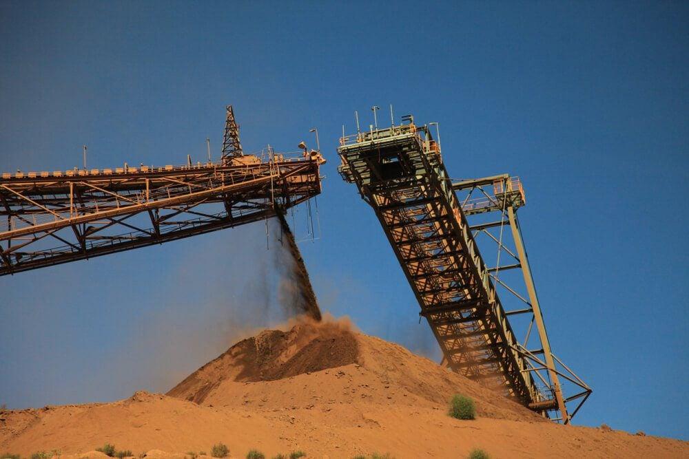 Iron Ore machinery and ore stockpile