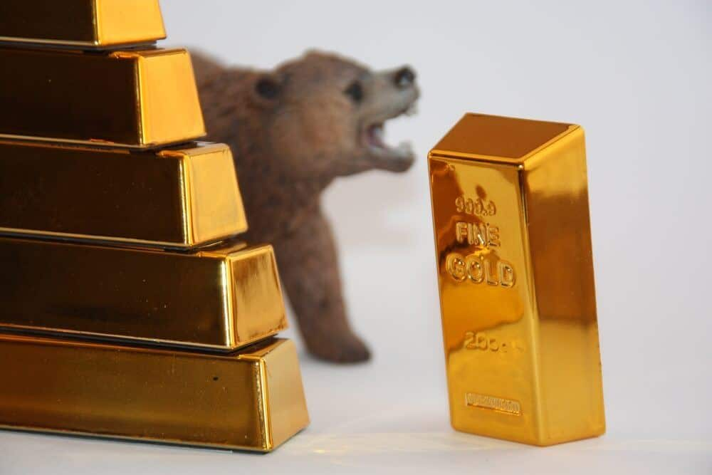 Gold prices pushed lowering behind this reason ahead of the FOMC meeting
