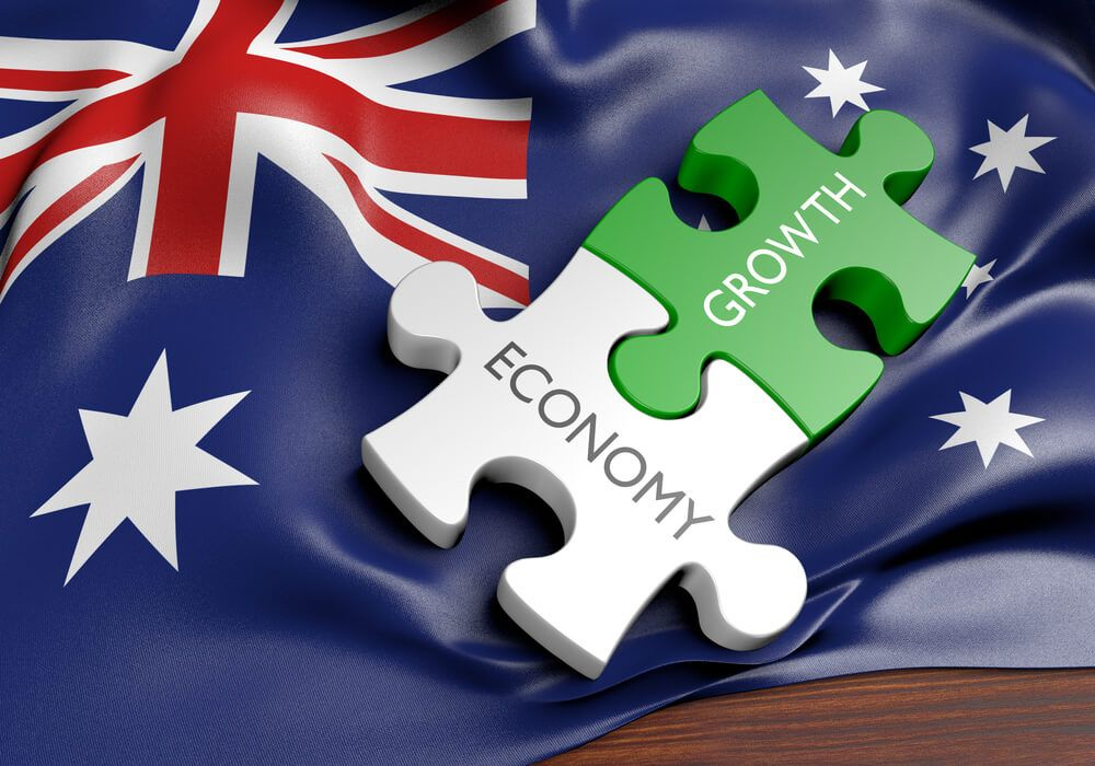 Australian Economic Outlook is expected to grow at 4 in 2022 and 2.5 in 2023