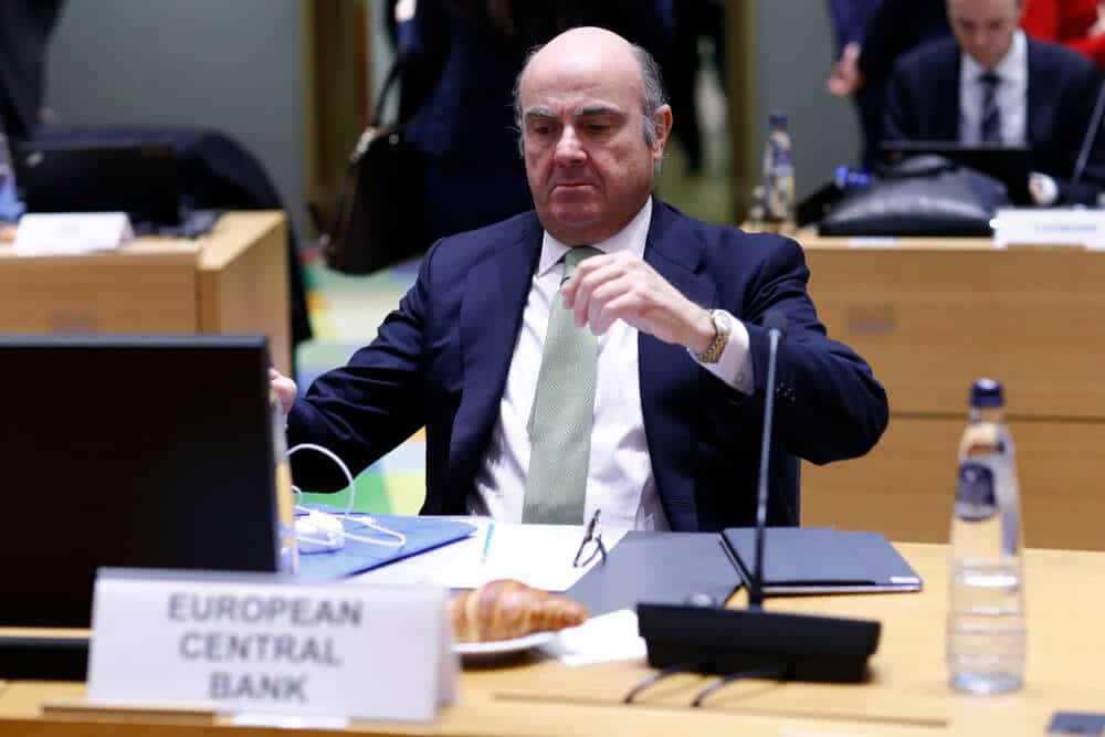 ECB Vice president Luis De Guindos said Inflation will hit 3.4 3.5 in November month but is temporary as a technical outlook.