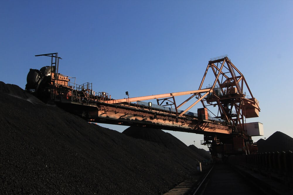 Coal is the main importer of China for electricity production